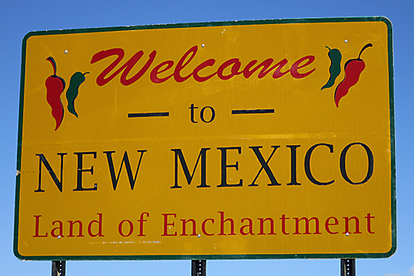 state welcoming sign